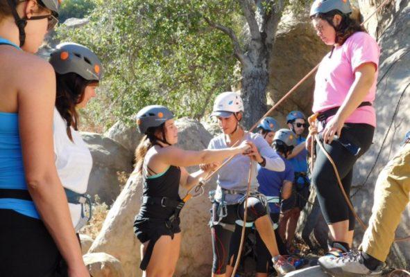 beginner-rock-climbing-class