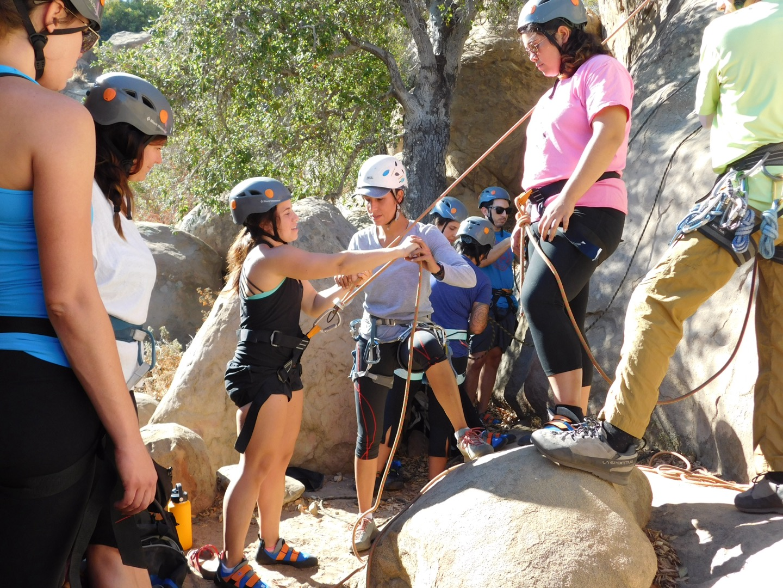 rock climbing, climbing, class, outdoor, joshua tree, los angeles, california, riverside, apple valley, climbing class, climbing classes, climbing instruction, climbing lessons, lessons, instruction, guided climbing